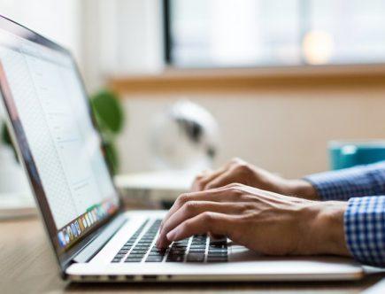 Istnieje zasadnicza różnica między pozycjonowaniem e-commerce i sklepów internetowych.